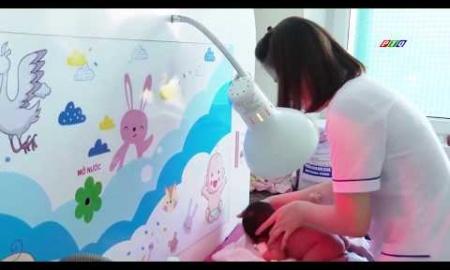 Tắm và khử trùng bằng tia UV tại Bệnh viện Sản-Nhi tỉnh